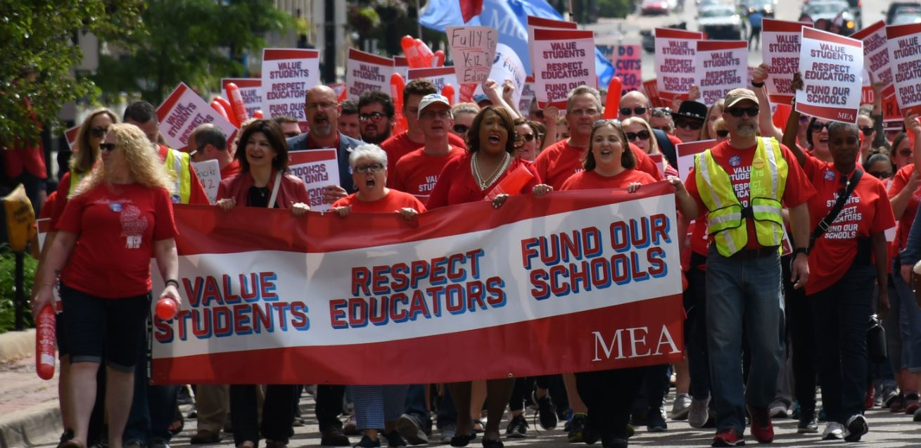 Educators Are Asking For Loving >> Redfored Rally We Have To Keep Going Michigan Education Association